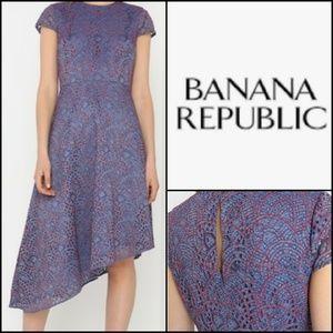 NWT. BANANA REPUBLIC Lace Asymetrical Dress!